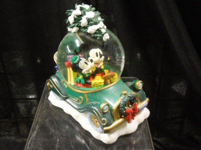 2 Disney Musical Christmas Snowglobes - 4