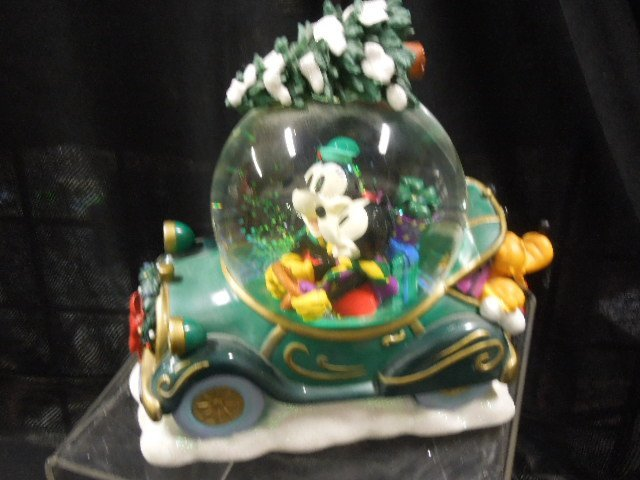 2 Disney Musical Christmas Snowglobes - 5