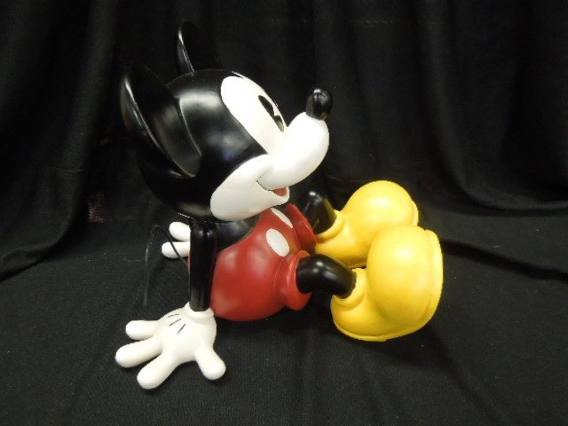 Large Sitting Mickey Ceramic - 2