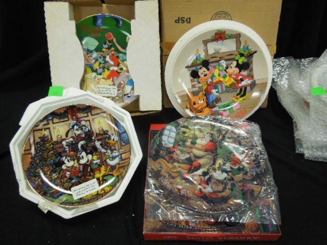 10 Disney Collectors Plates