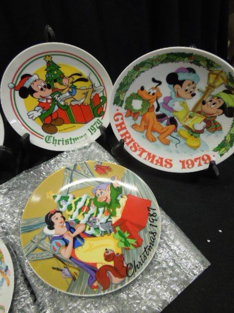 10 Disney Collectors Plates - 6