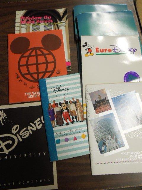 Disney Press packs pamphlets & booklets