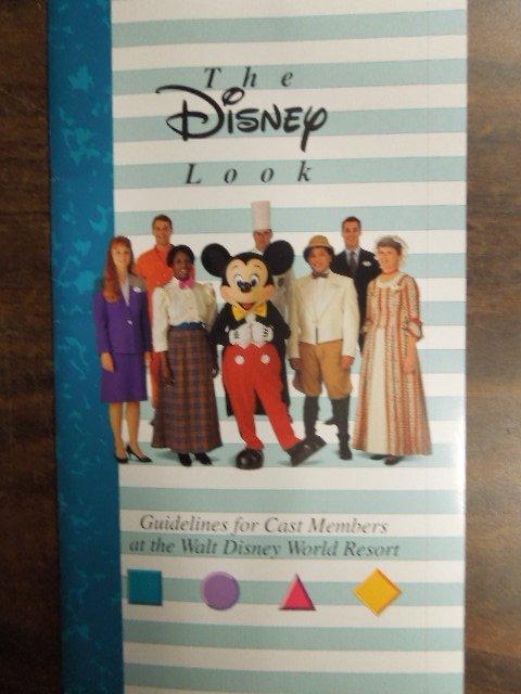 Disney Press packs pamphlets & booklets - 6