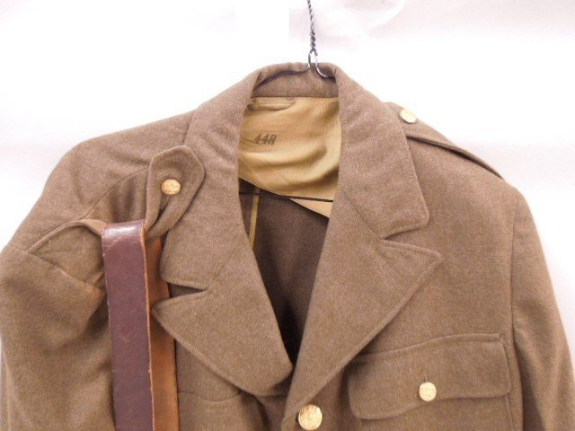 WW II US Army Dress Jacket & Belt - 2