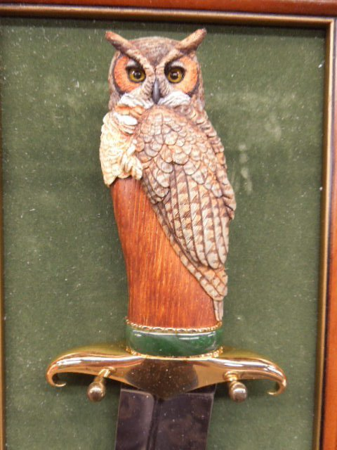 Franklin Mint Owl Knife w/Display Board - 2