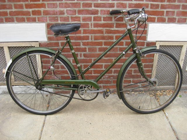 1969 Raleigh Superbe ladies frame bicycle
