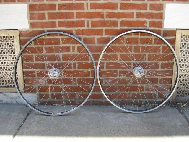 Campagnolo Nuovo Record pista wheelset