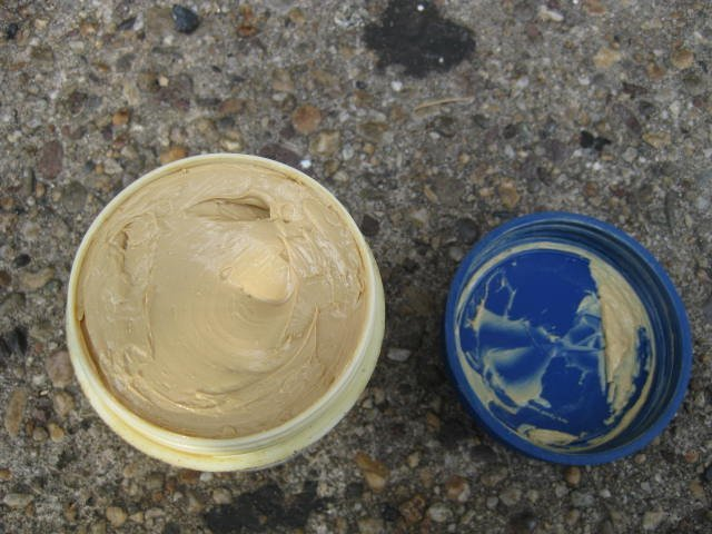 Small Campagnolo Special Grease tub, new old stock - 3