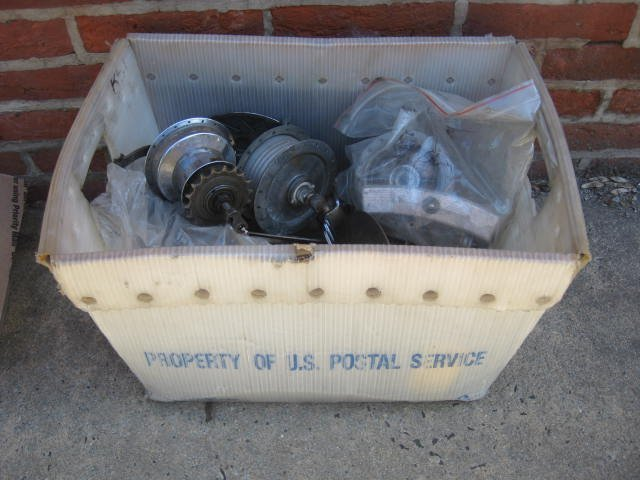 Lot of various drum brake hubs - 4
