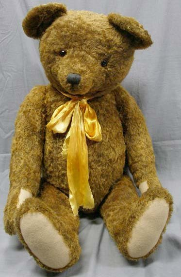 1002: Stier Plush Bear with crying mechanism