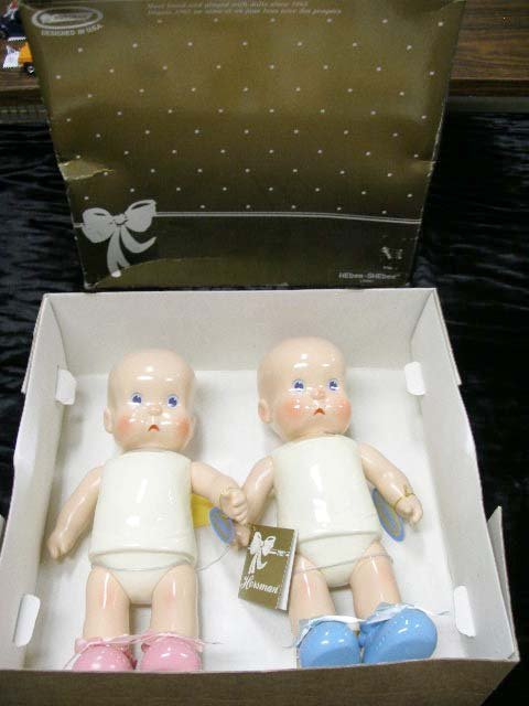 1004: Horsman Dolls