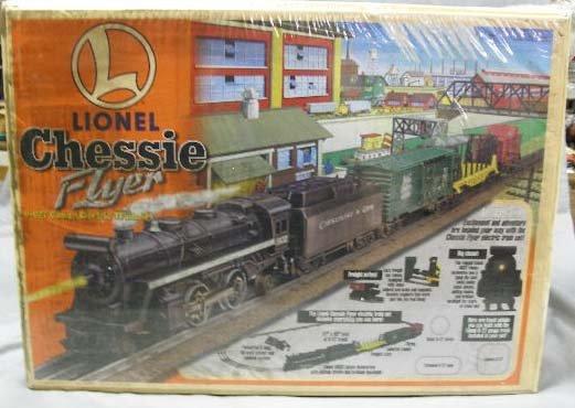 1007: Lionel Chessie Flyer Train set