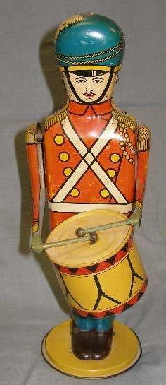1012: Wind up toy drum major