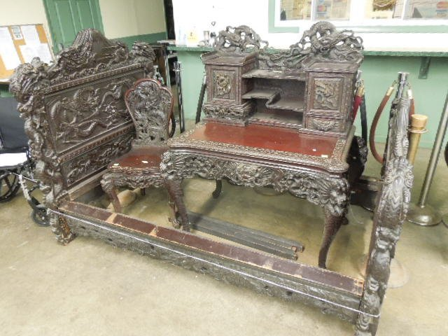 Chinese Elaborately Carved Teak 3-Pc BR Suite