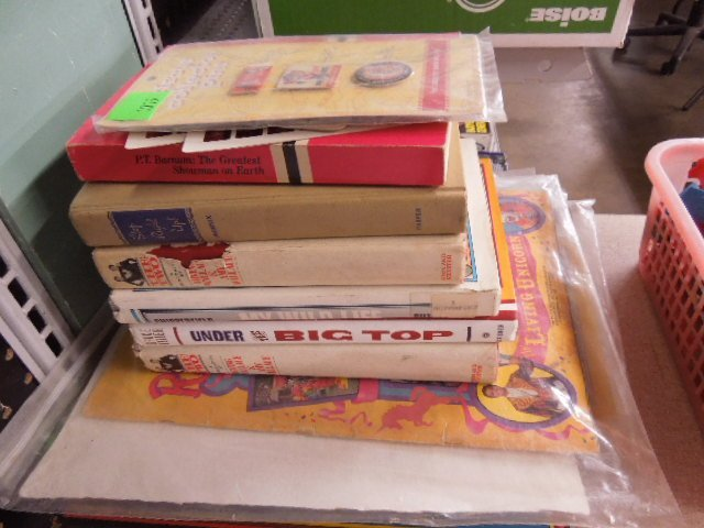 Lot Circus Books, Mags and Record
