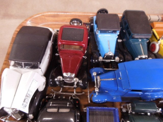 Lot Assorted Diecast Vehicles - 4