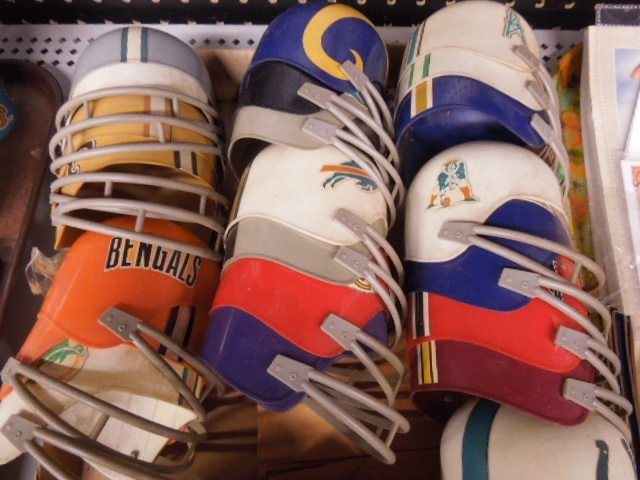 Miniature NFL Team Helmets Set - 3