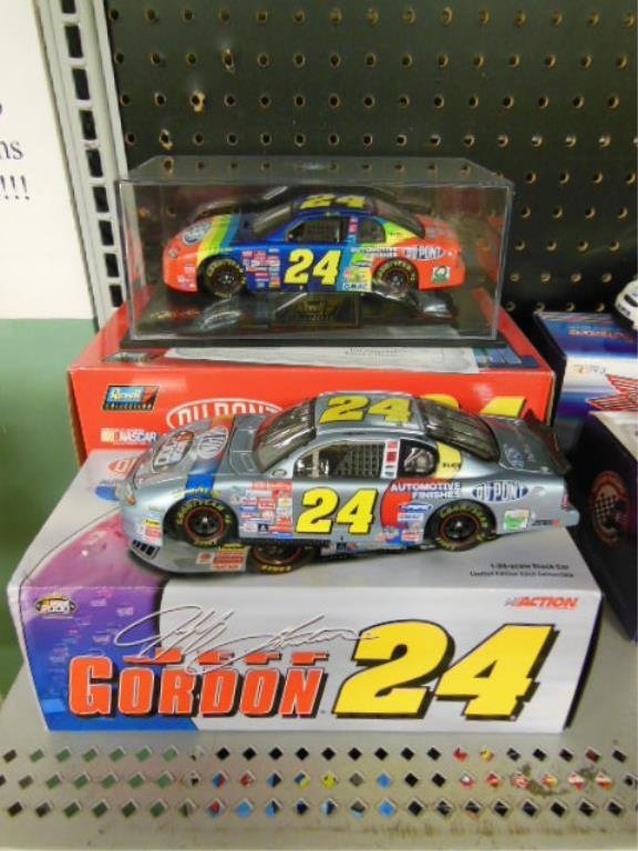 2 Jeff Gordon Diecast 1:24 Scale Cars
