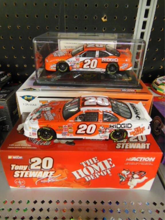 2 Tony Stewart 1:24 Diecast Stock Cars
