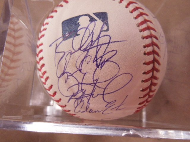 2008 Philadelphia Phillies Signed Baseball - 2
