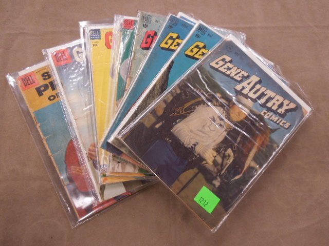 Lot of Gene Autry Comic Books