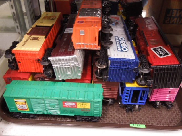 12 Lionel Advertising Box Cars