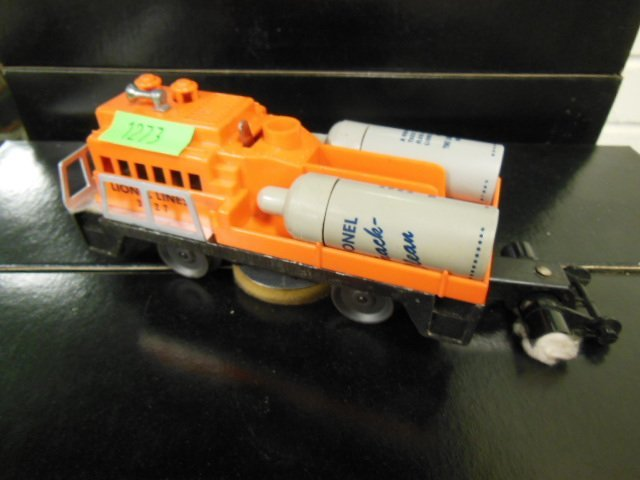 Lionel Track Cleaning Car