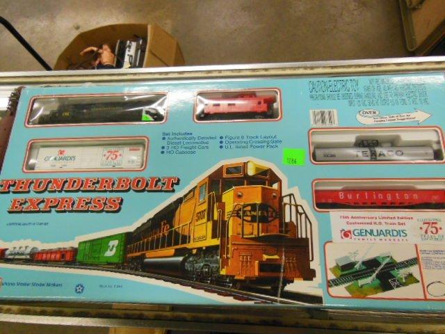 Thunderbolt Express H-O Train Set