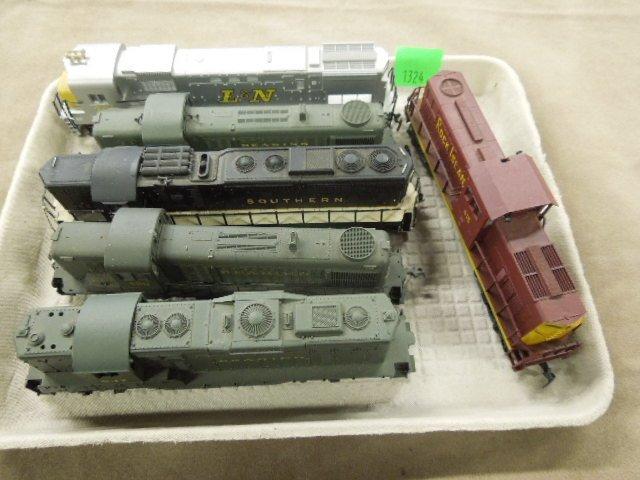 6 H-O Train Engines