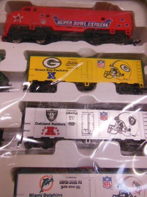 H-O Super Bowl Express Train Set - 2