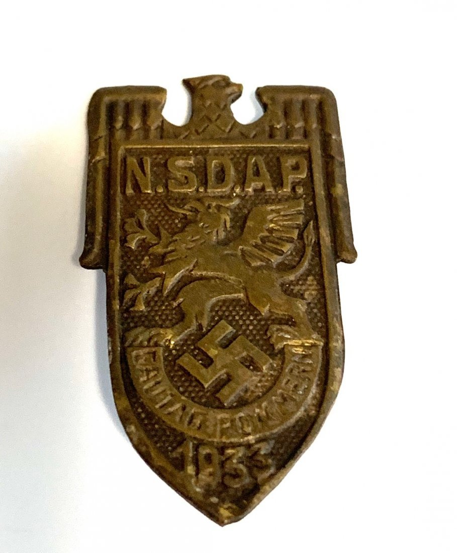 A 1933 NSDAP POMMERN DISTRIT COUNCIL DAY BADGE