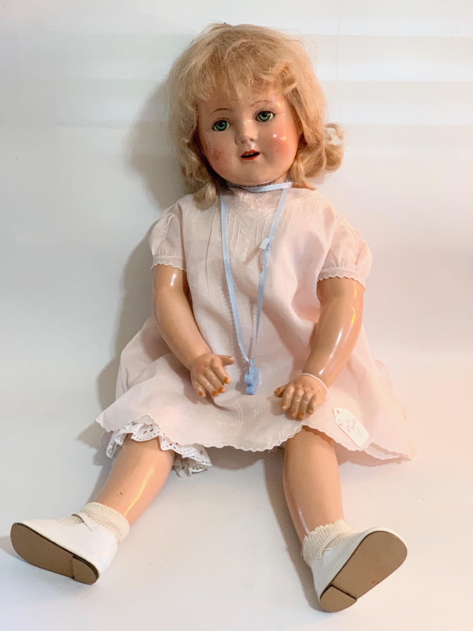 B20: Rosie maker unknown 27 composition Doll