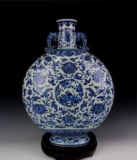CHINESE PORCELAIN BLUE AND WHITE FLOWER MOONFLASK