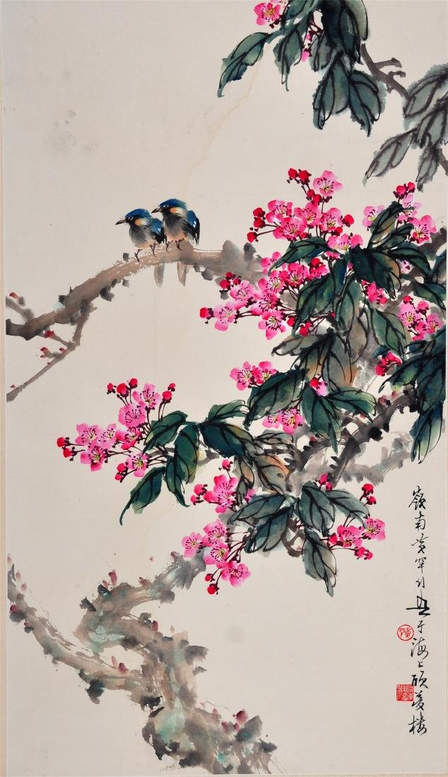CHINESE SCROLL PAINTING OF BIRDS AND FLOWER
