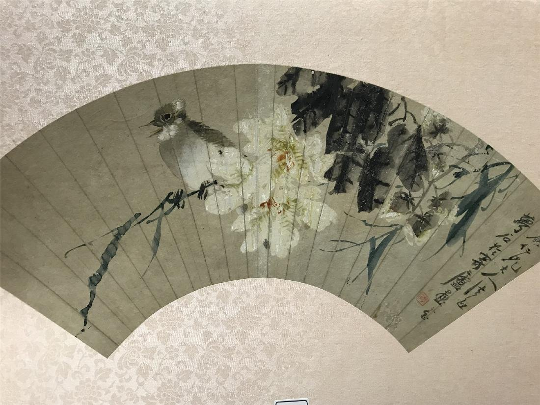 CHINESE FAN PAINTING OF BIRD AND FLOWER