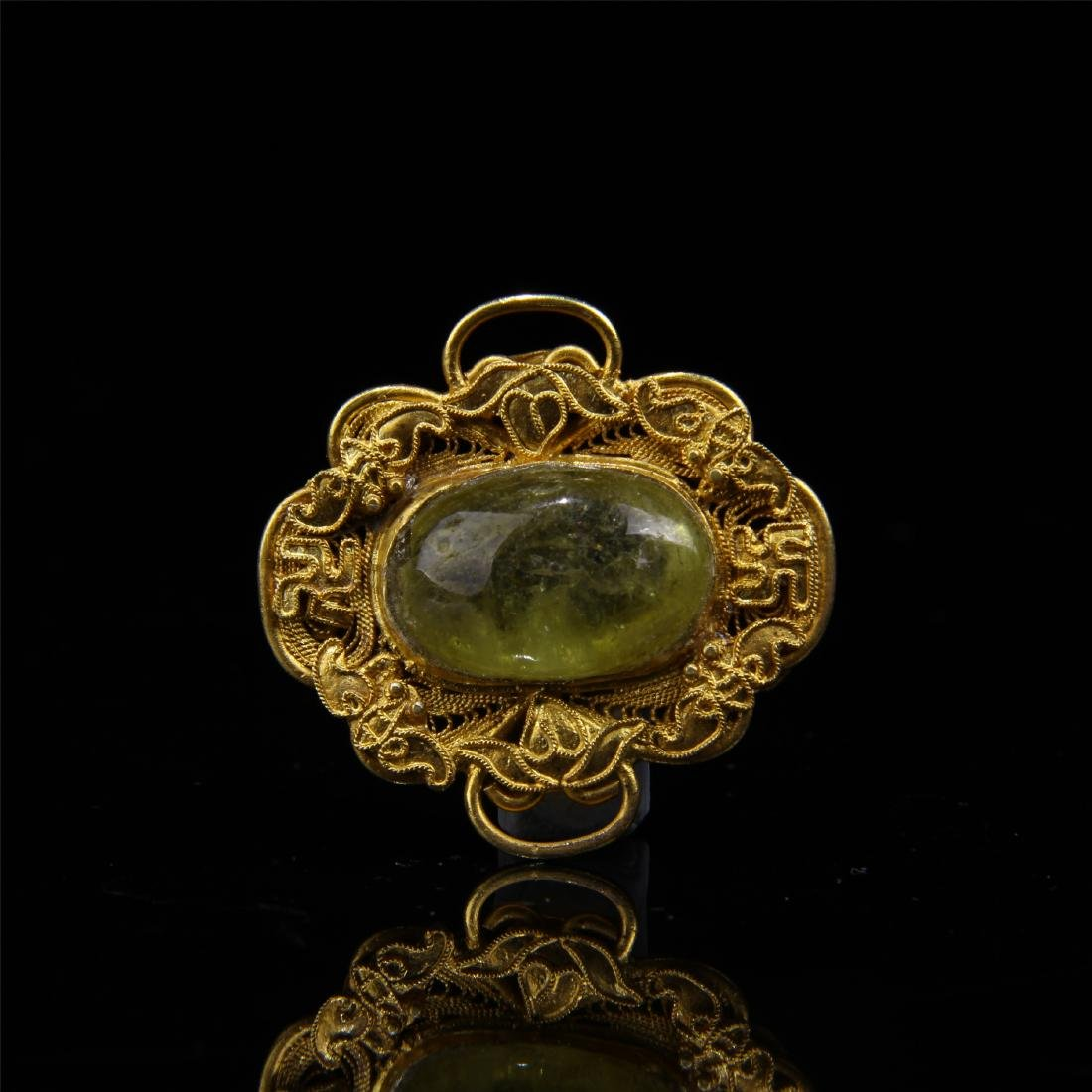 CHINESE GILT SILVER YELLOW TOURMALINE HAT BADGE