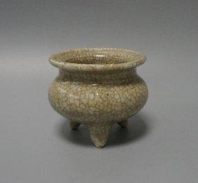 Chinese Porcelain Ge Glaze Triple Feet Censer