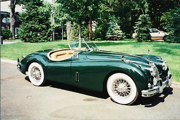 713: 1957 Jaguar XK140 Roadster