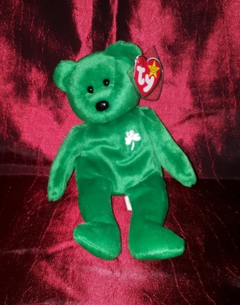 Collectible TY 1997 ERIN (green) 8 ½ inches
