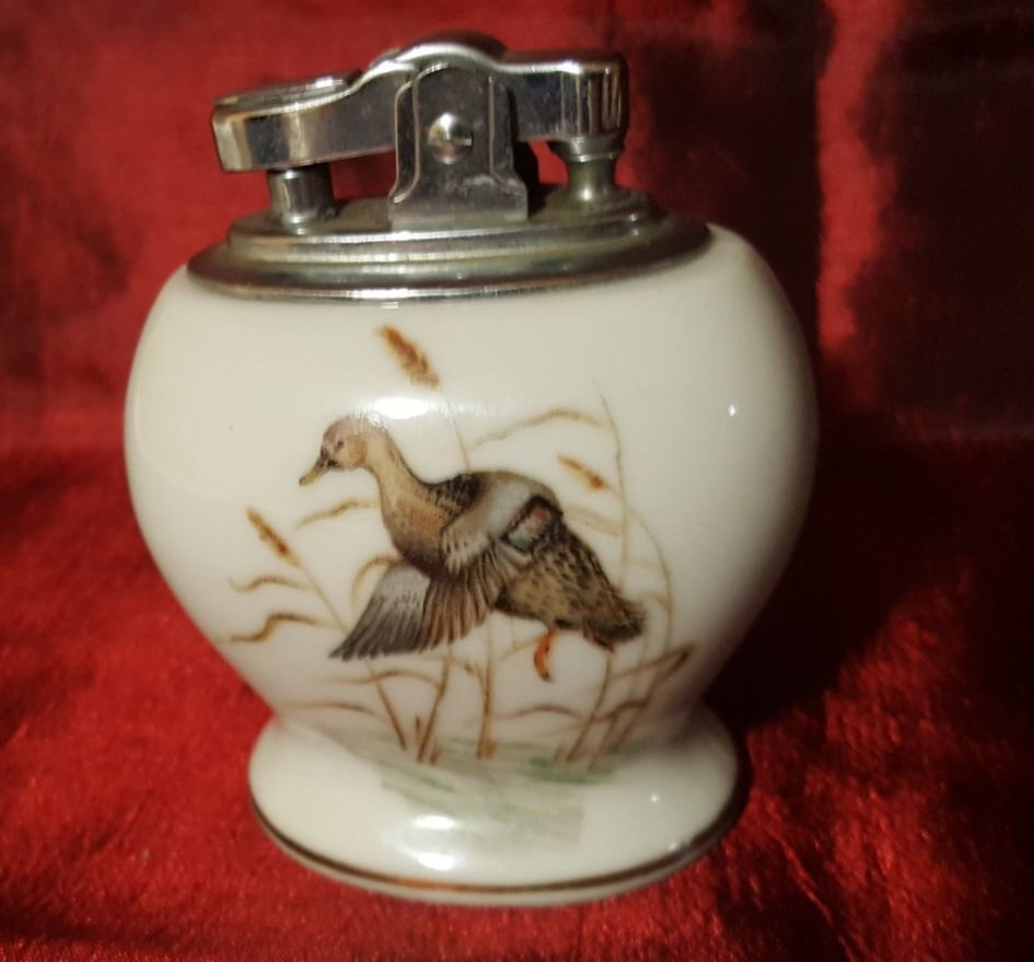 Vintage Collectible super deluxe automatic hand painted
