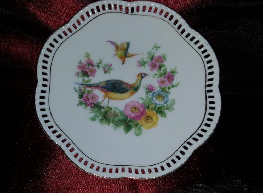 Gorgeous Vintage porcelain plate