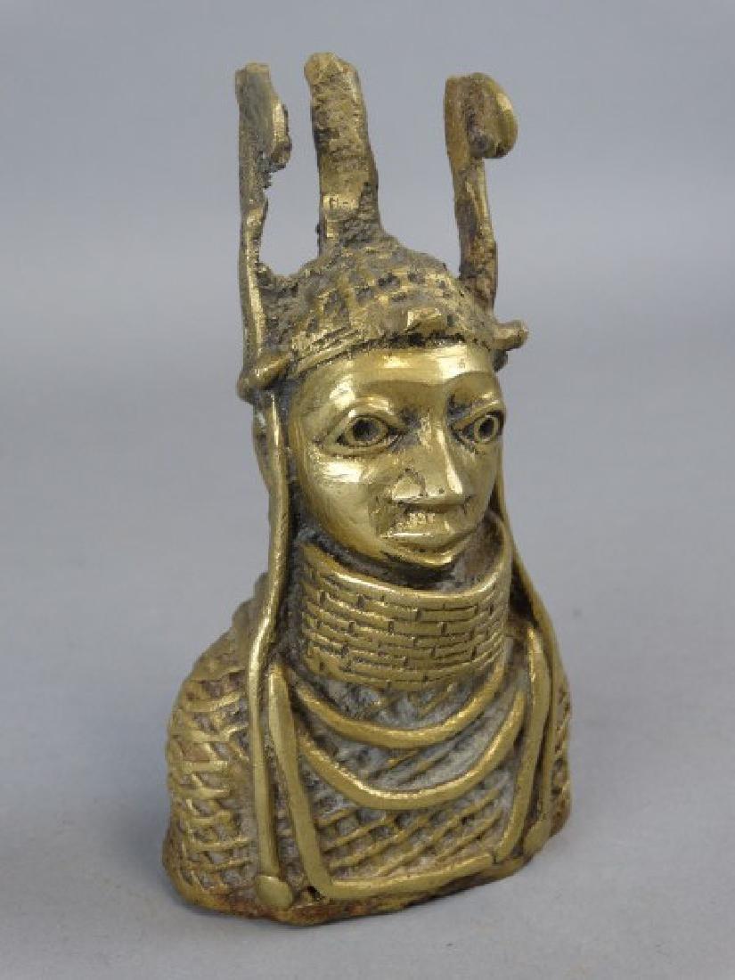 Small Bronze African Bust - Benin People, Nigeria - 2