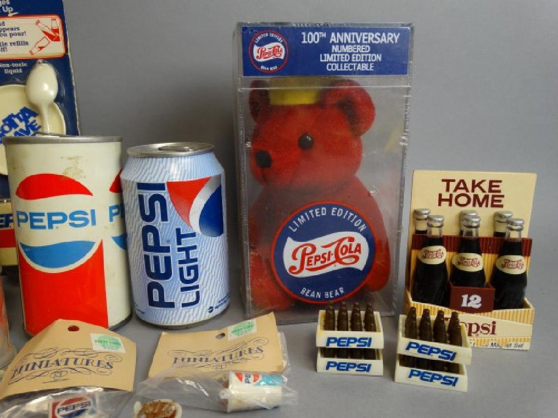 Large Lot of Vintage Pepsi Collectibles - 3