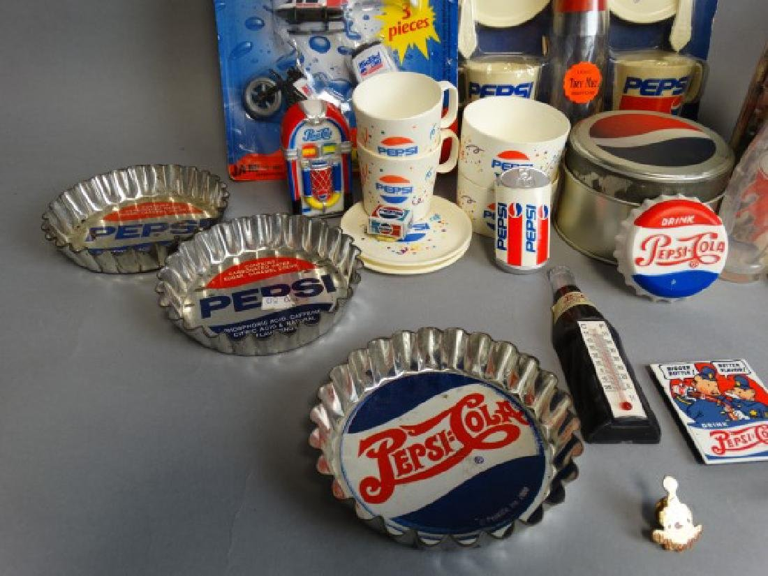 Large Lot of Vintage Pepsi Collectibles - 5