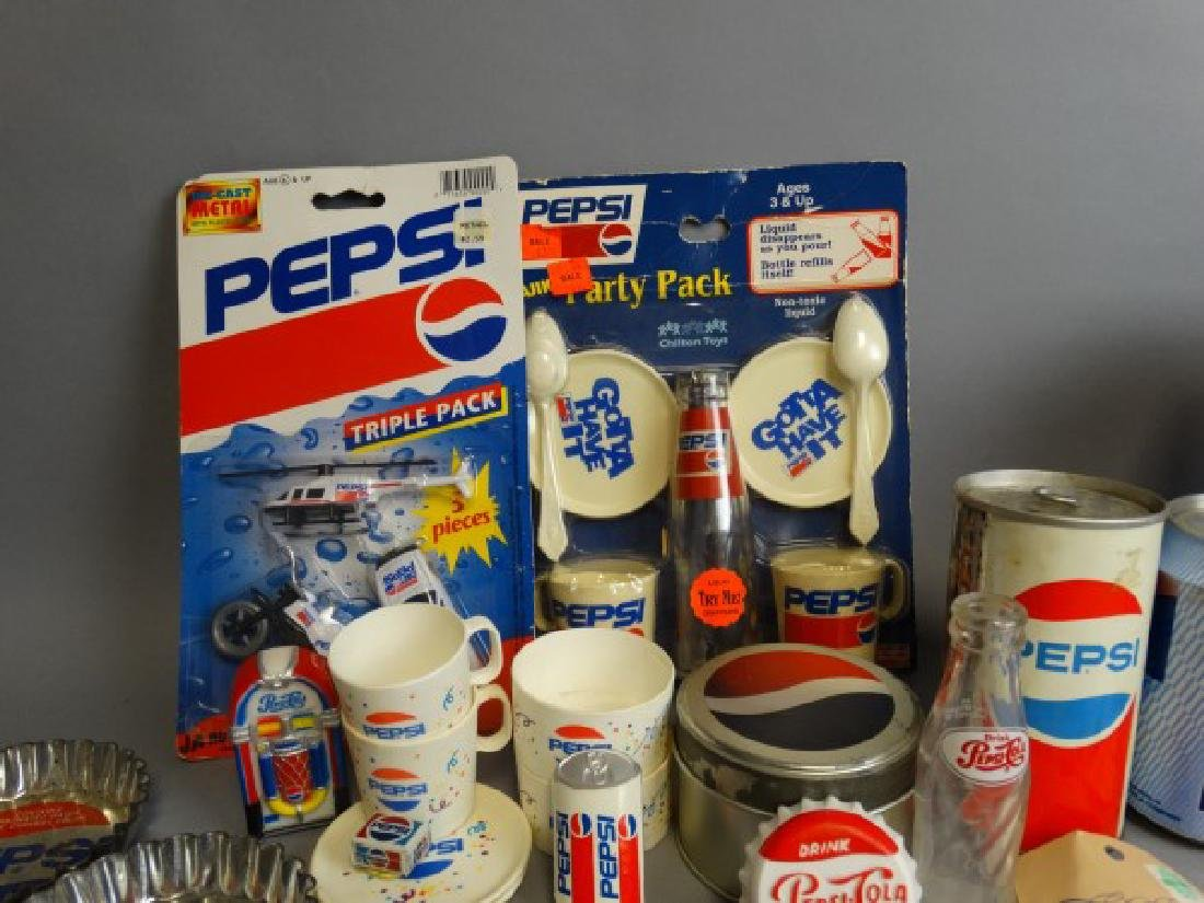 Large Lot of Vintage Pepsi Collectibles - 6