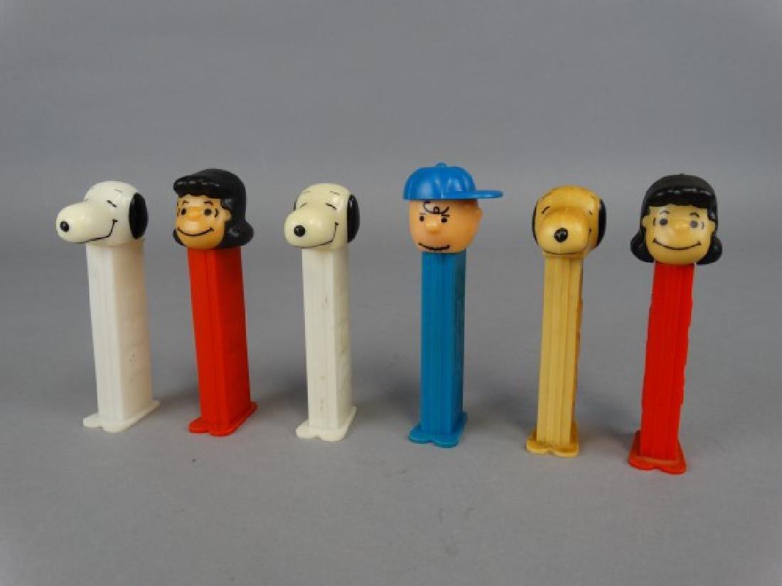 Lot of 6 Peanuts Theme Pez Dispensers