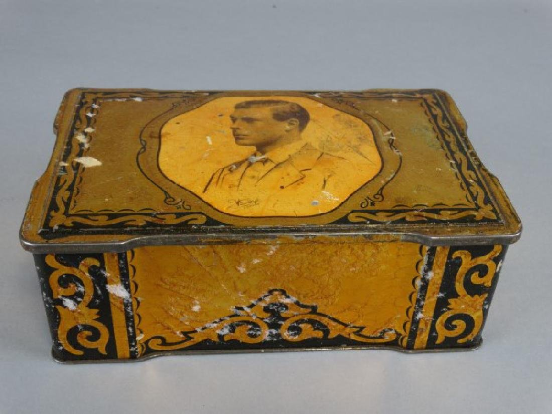 Wilkins Cremona Toffee Tin with Buttons