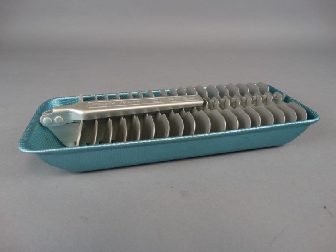Vintage Blue Magic Touch Chipper Ice Tray