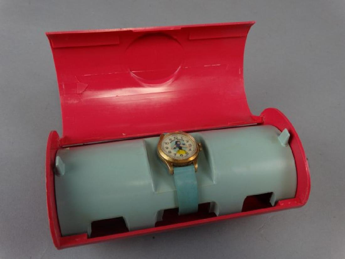 Vintage Bradley Brand Snow White Watch - 3
