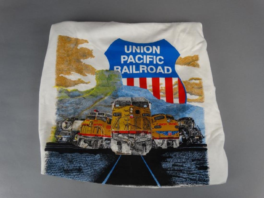 Size XL Union Pacific Railroad T-Shirt